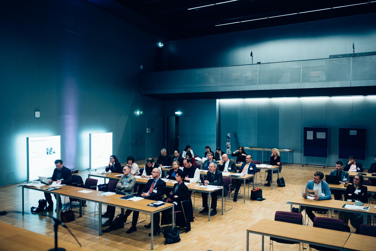 Reger Andrang bei der Tagung im Audimax der Donau-Universität Krems.